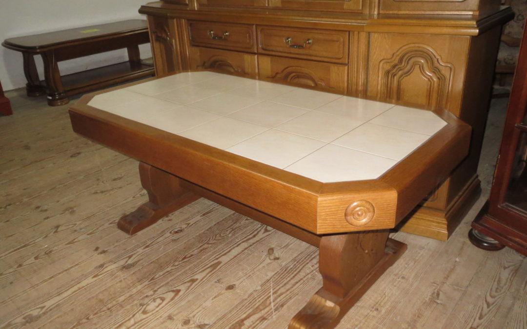 Konferenční stolek dlažba